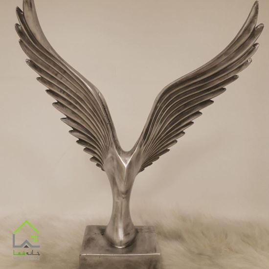 مجسمه عقاب مدرن