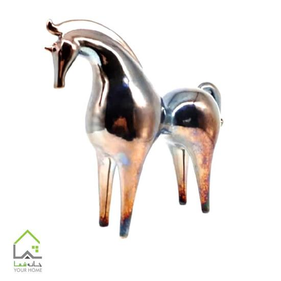 مجسمه اسب خاص