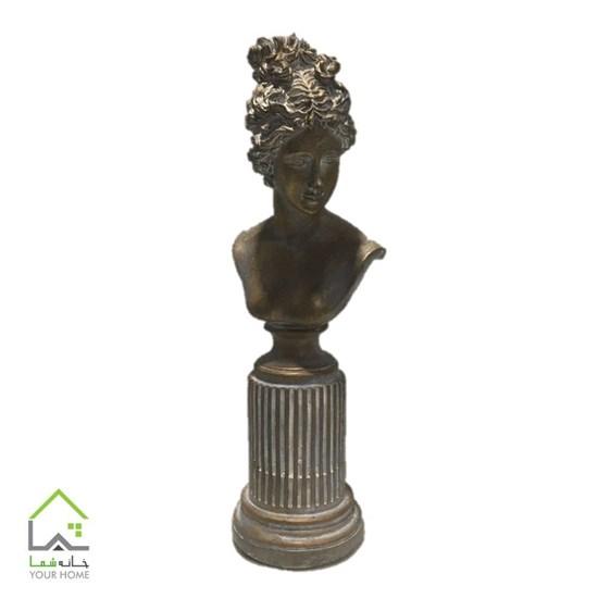 مجسمه زن رومی